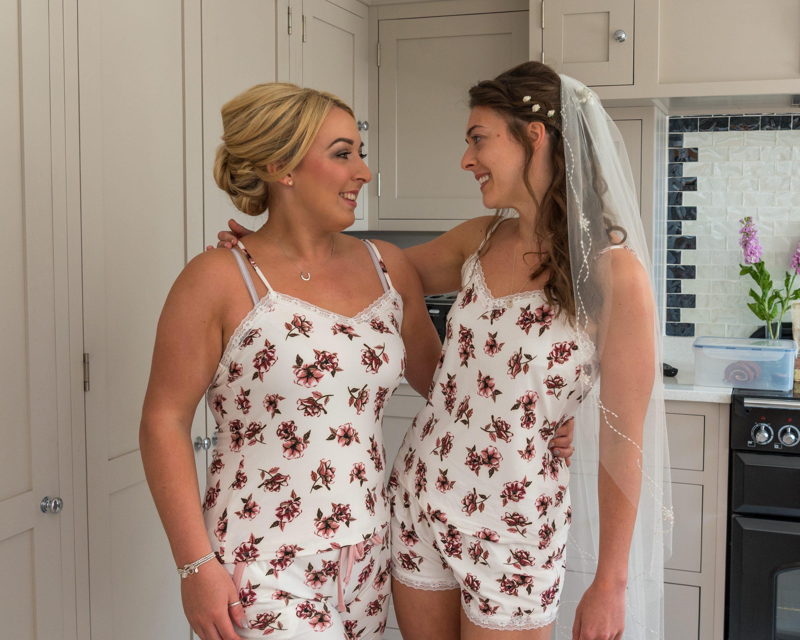 Best bridal preparation photos