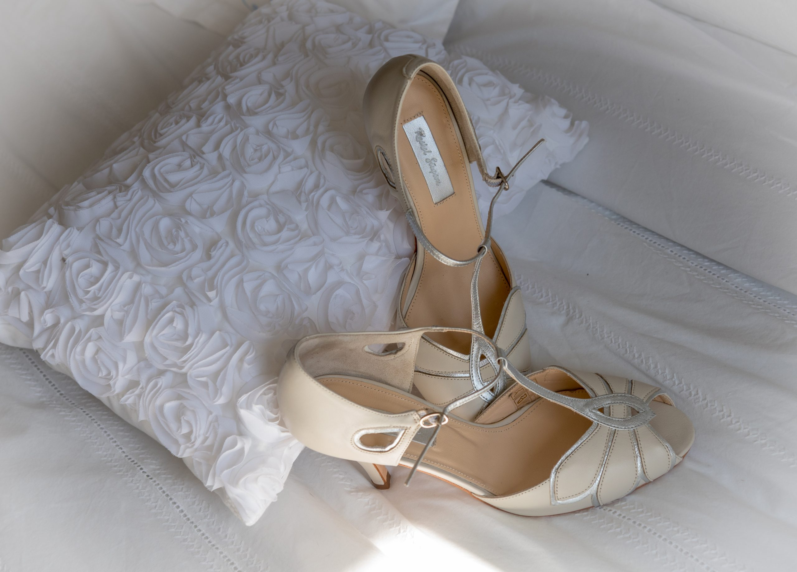 Things to make sure you capture for your bridal preparation photos